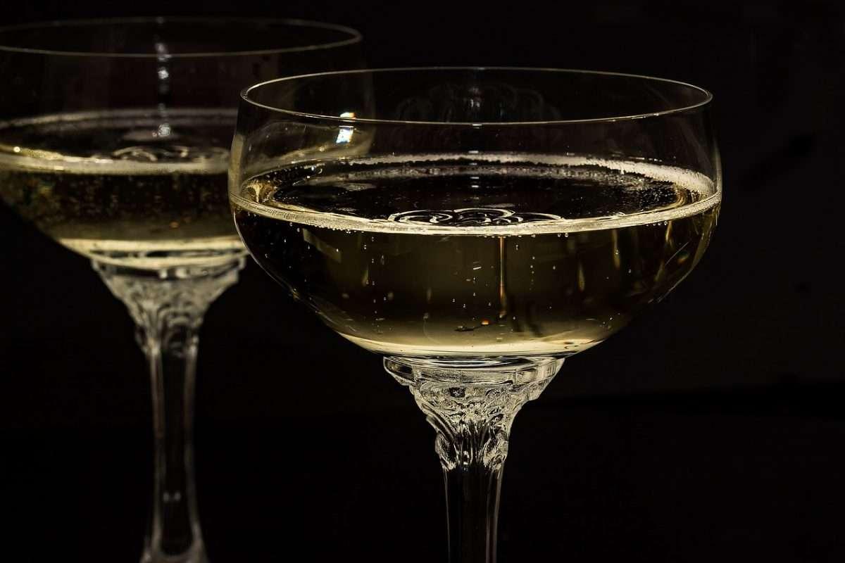 Lo Champagne riprende a brindare: primo semestre record