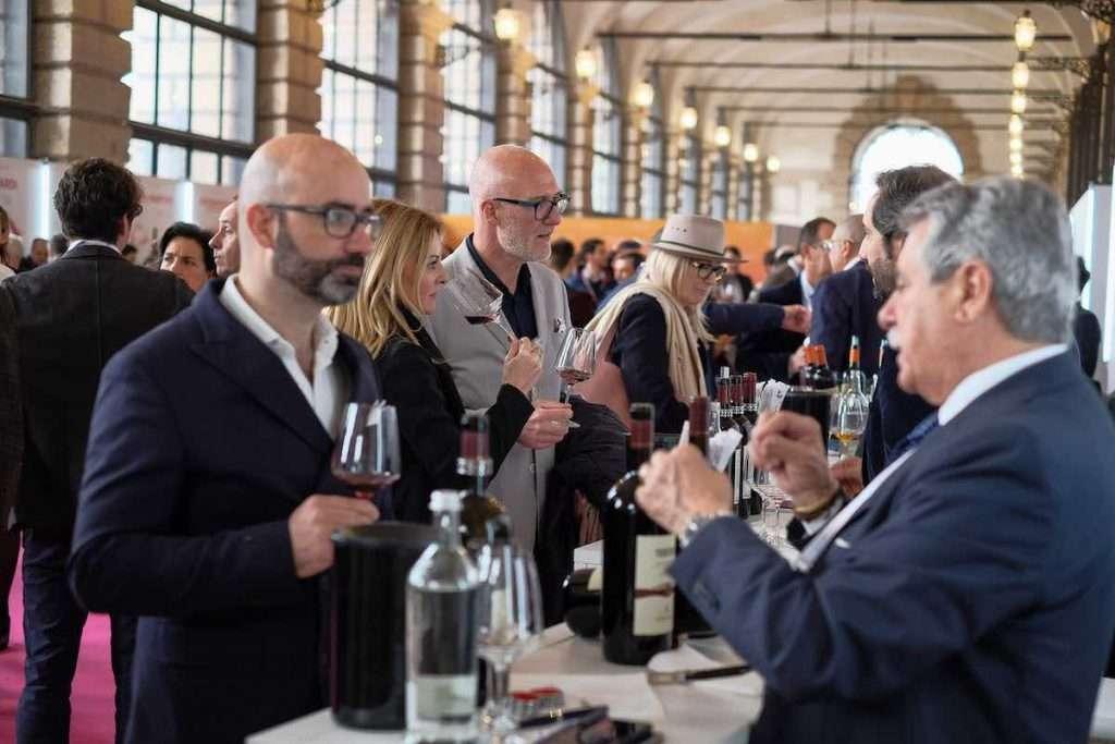 Torna, ma solo in versione talk, OperaWine: gli esperti di Wine Spectator presenteranno a wine2wine i 100 top produttori 2021