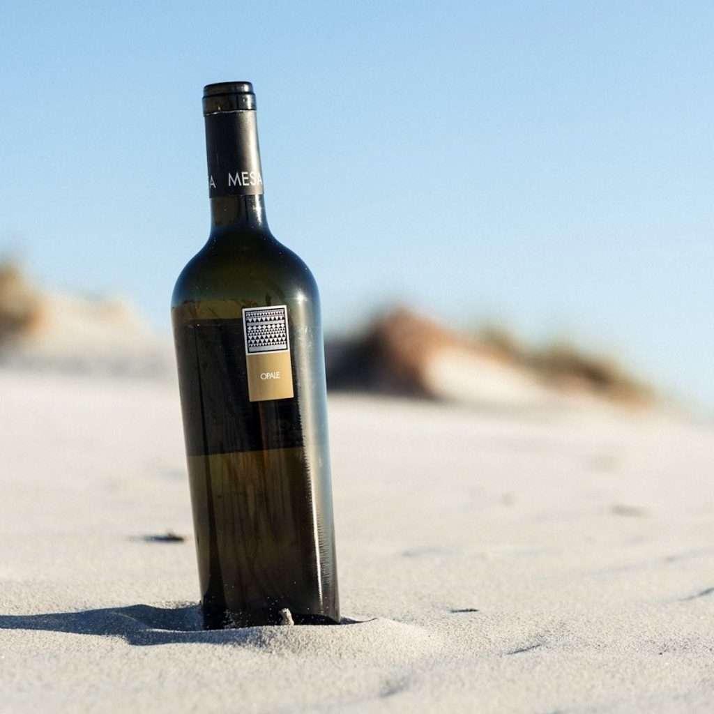 """""""Mesa a Casa"""" è un format ideato per raccontare – in un modo diverso, vissuto e passionale – l'origine, il carattere, le sfumature dei vini della cantina sarda"""