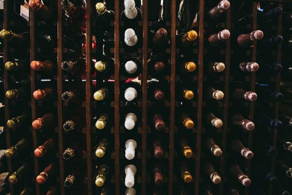 Oltre 8 milioni i consumatori che hanno scelto di acquistare vino online in Italia nel 2020