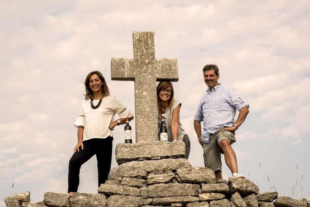I fratelli Tedeschi: da sinistra, Antonietta, Maria Sabrina e Riccardo