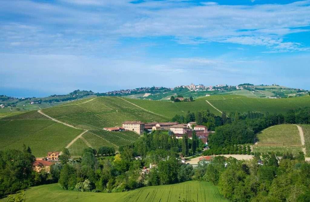 A Villaggio Fontanafredda, nel cuore delle Langhe Patrimonio Unesco, torna l'attesissimo appuntamento con la Festa della Vendemmia