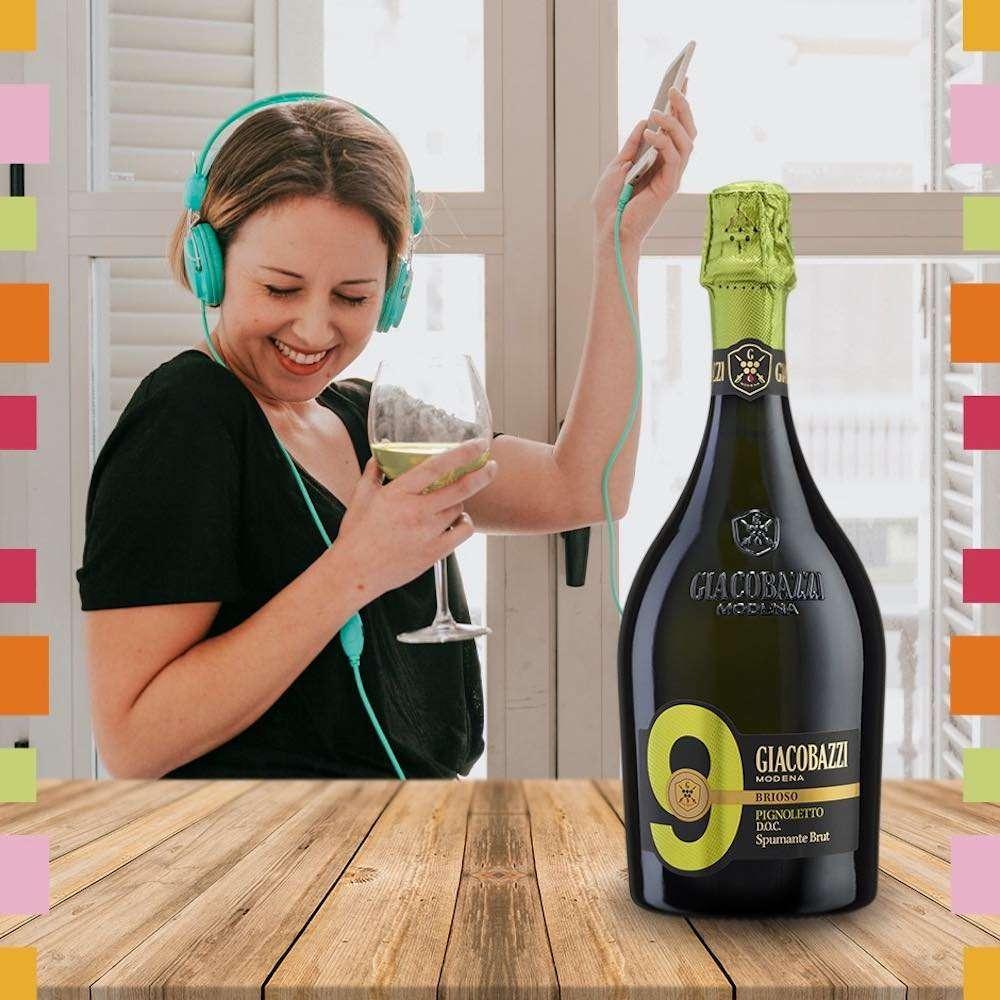 Giacobazzi manterrà attivo il servizio di consegna a domicilio per chi desidera ricevere le proprie bottiglie preferite a casa e brindare in compagnia di amici e famigliari