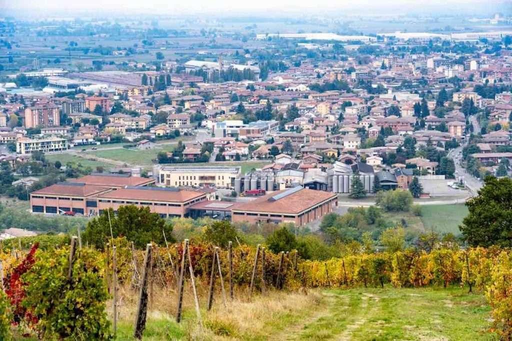 Una importante indagine si è trasformata in breaking news con annessa caccia alle streghe in Oltrepò Pavese