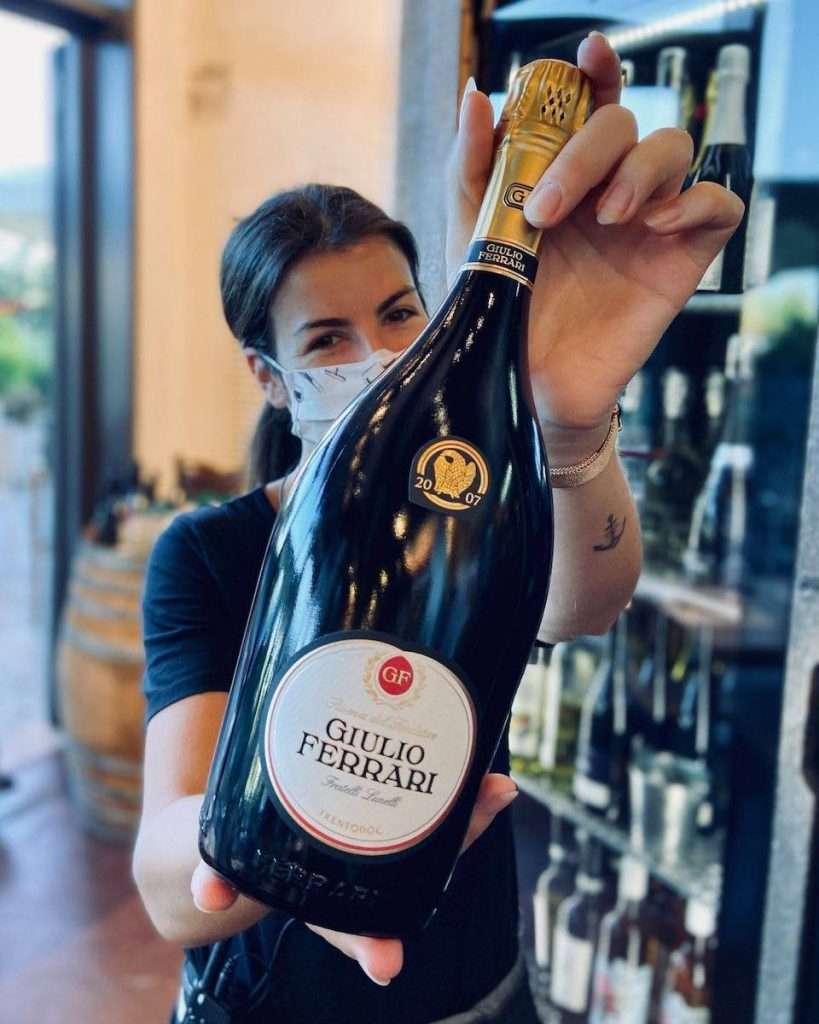 Oggi gli appuntamenti del vino targati Signorvino ritornano, ripensati secondo le nuove disposizioni, così da consentire di riprendere a brindare in totale sicurezza