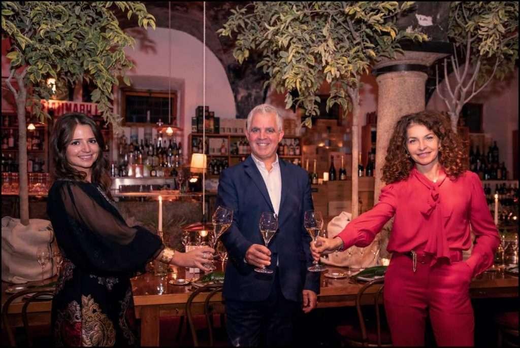 Carola Braggio brand manager Krug, Olivier Krug e Francesca Terragni, brand director Moët Hennessy Italia
