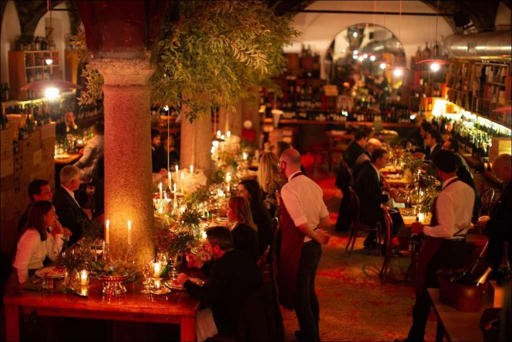 Istantanea dalla soirée di presentazione del Krug Clos du Mesnil 2006, nella suggestiva cornice del N'Ombra de Vin a Milano