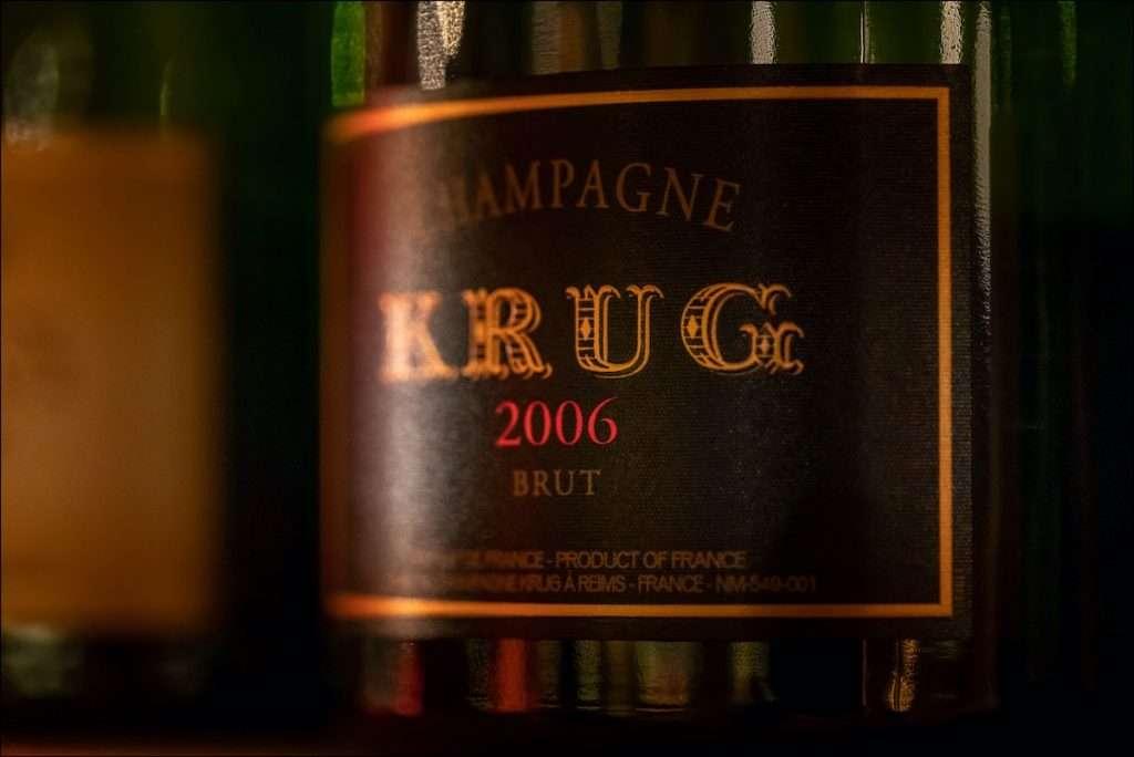 Krug Vintage 2006: lasciamo al tempo e all'evoluzione in bottiglia – gli amanti dello Champagne lo sanno – fare il proprio lavoro