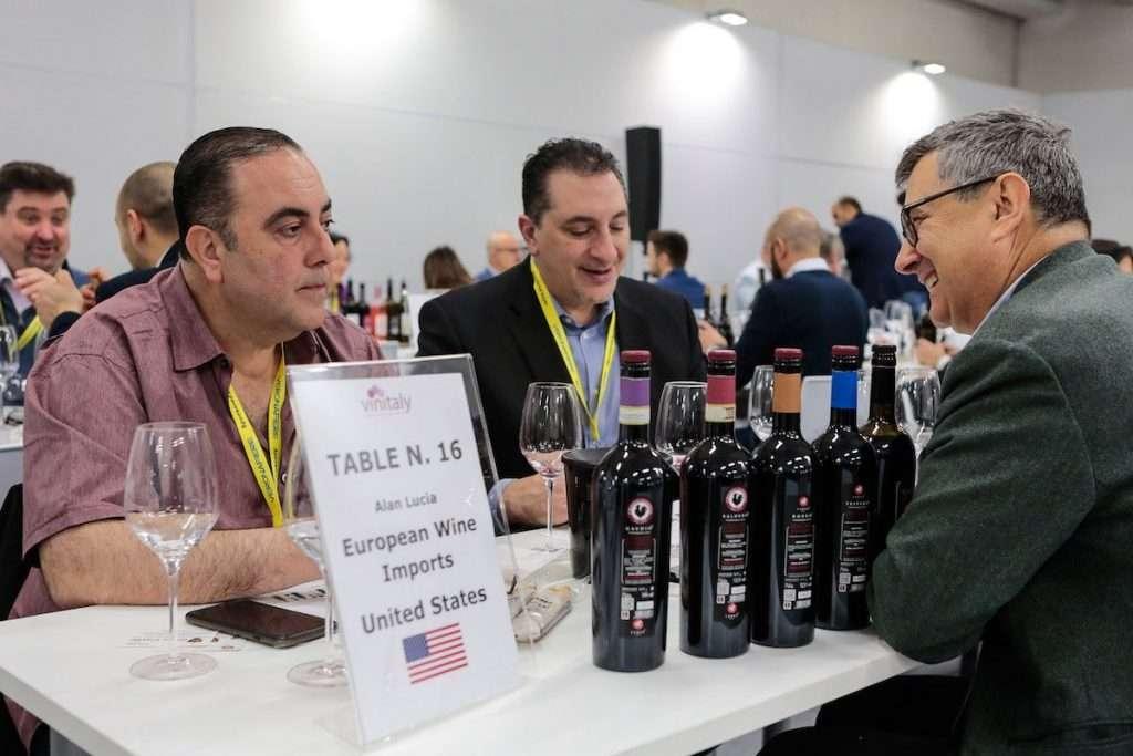 Per favorire l'incontro tra la domanda ed offerta, la piattaforma di Wine2Wine exhibition sarà aperta anche per le giornate successive alla data di chiusura della manifestazione, fino al 30 novembre