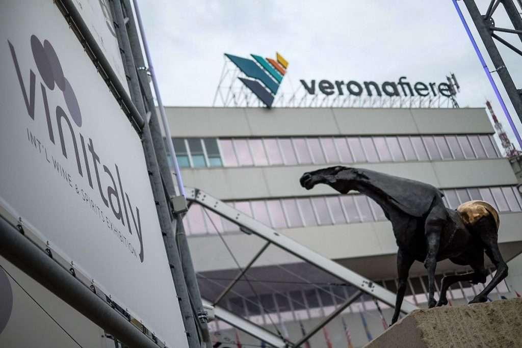 Vinitaly Design International Packaging Competition, andato in scena l'11 giugno a Veronafiere, ha segnato il debutto degli eventi in presenza di Vinitaly nel 2021, tagliando il traguardo delle 25 edizioni consecutive
