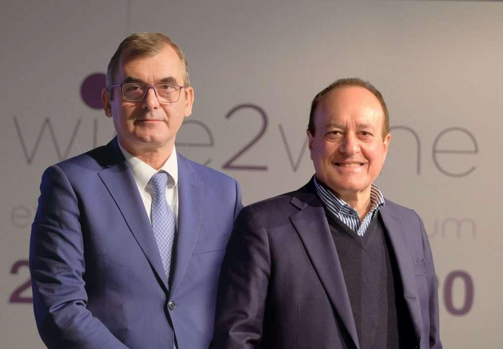Sono i vertici di Veronafiere, il presidente Maurizio Danese e il dg Giovanni Mantovani, ad annunciare il cambio di data di Vinitaly, che si sposta a giugno 2021