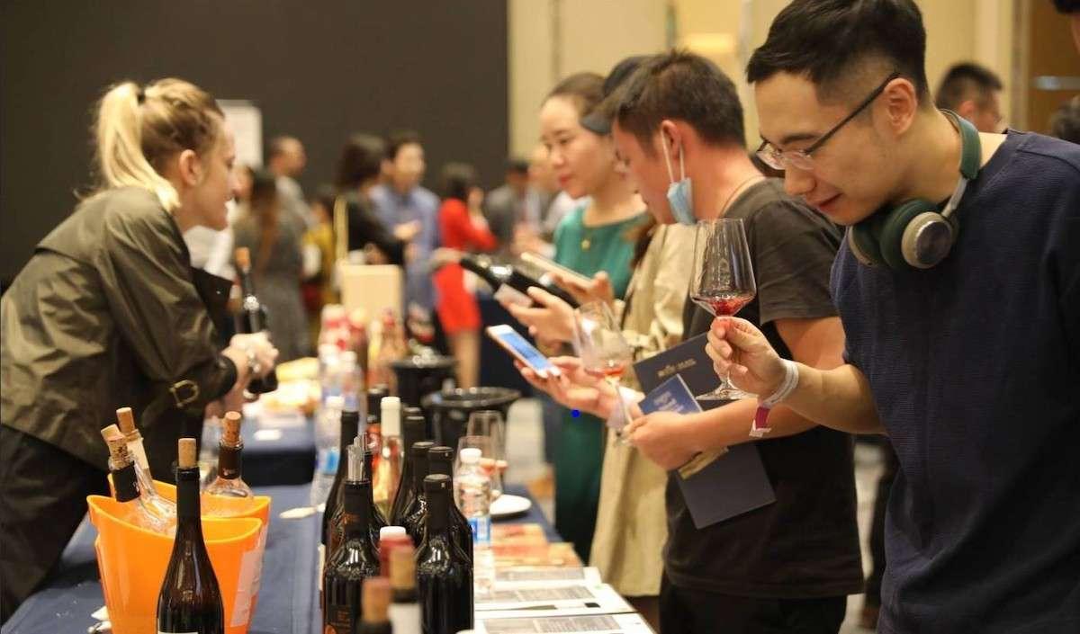 Ripartire dalla Cina: Veronafiere debutta con Wine to Asia