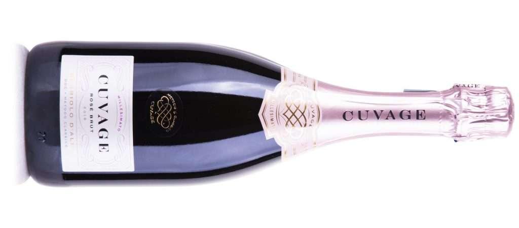 Il Cuvage Nebbiolo d'Alba Doc millesimato Rosé Brut è bollicina che si abbina perfettamente con risotti ai frutti di mare, crostacei e ostriche
