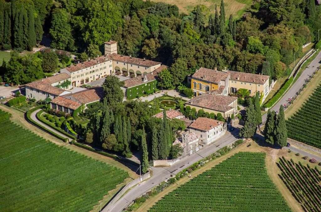 Possessioni Serego Alighieri sugli scudi: elemento centrale della Masi Wine Experience, sono location dell'anno ai Reader Awards di Food and Travel Italia 2020