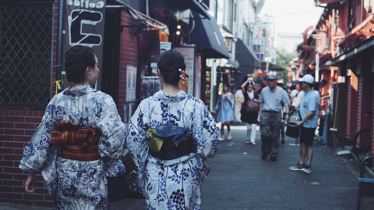 Miabi Bottega: le bollicine dell'Oltrepò indossano il kimono