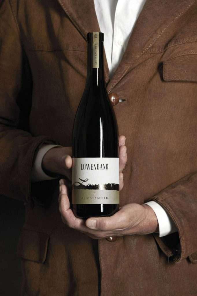 L'iconico Löwengang Chardonnay farà da apripista nel passaggio dei vini Alois Lageder dalla Doc Alto Adige alla Igt Vigneti delle Dolomiti