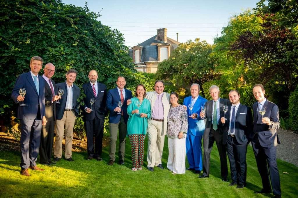 Una giuria formata da un membro di ognuna delle 12 famiglie produttrici di vino parte di Primum Familiae Vini ha assegnato alla Maison Bernard il Pfv Prize 2021