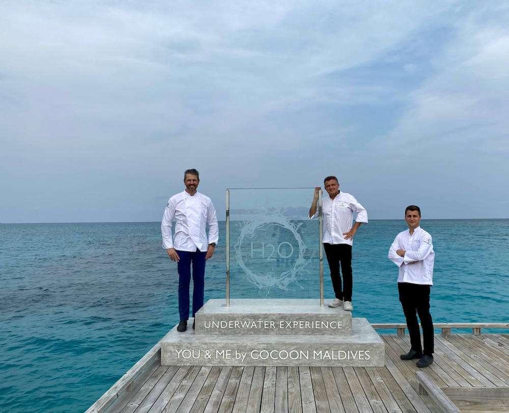 Lo chef stellato Andrea Berton vola alle Maldive per aprire il suo primo ristorante sott'acqua: si chiamerà H20 e si troverà all'interno del resort You & Me by Cocoon