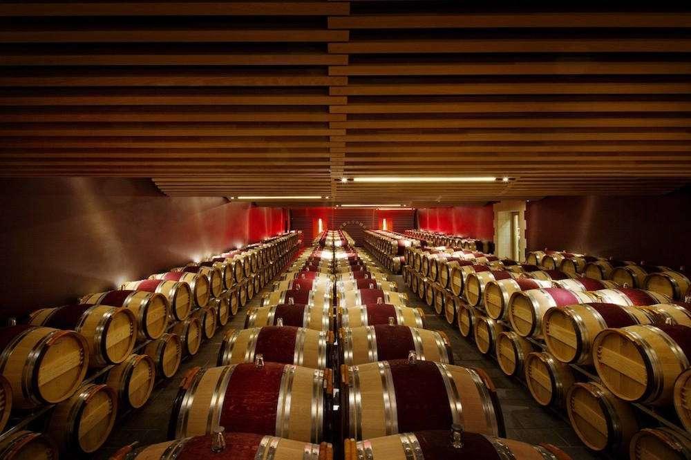 Il sistema En Primeur ha una tradizione secolare a Bordeaux e oggi diventa alla portata di tutti grazie a una app e a un sito facili da utilizzare, quelli di Vindome