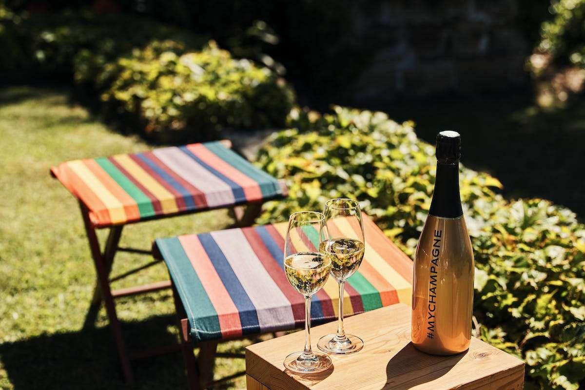 Lo Champagne giusto per il pic-nic di Pasquetta: le ricette dei grandi chef per un brindisi en plein air