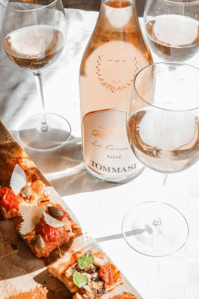 La versatilità nell'abbinamento è il tratto a caratterizzare Le Fornaci Rosé