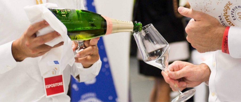 120 aziende, in un mix che vede coinvolte le storiche Maison e i piccoli vigneron, presenti a Champagne Experience domenica 10 e lunedì 11 ottobre
