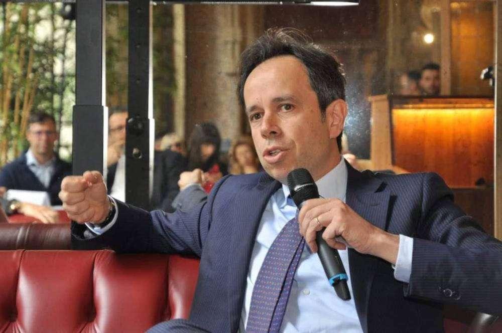 """#VivaIlVino, l'inchiesta. WineCouture Meets Roberto Calugi (Fipe-Confcommercio): """"Riaperture irreversibili e una roadmap per tutti"""""""