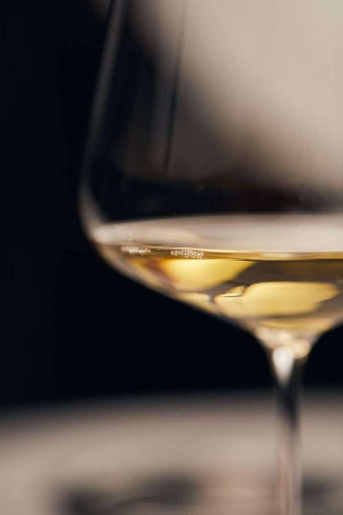 Non chiamare vino un prodotto senza alcol e dove è aggiunta acqua nel processo di produzione: questo il principio da difendere