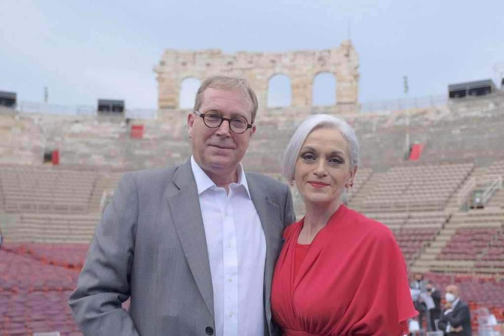 Andrea Sartori insieme a Cecilia Gasdia, celebre soprano e sovraintendente della Fondazione Arena di Verona
