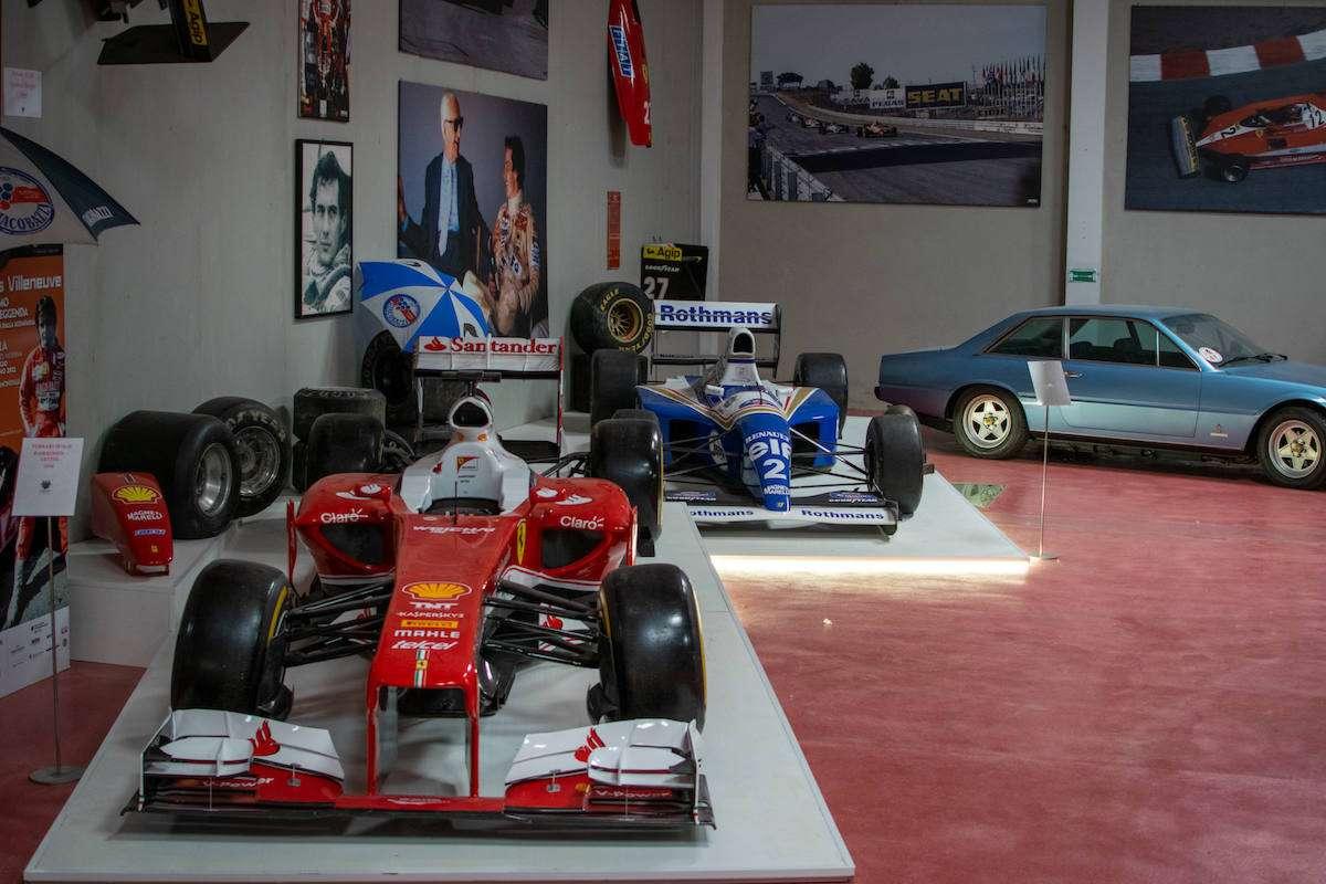 Cantine Giacobazzi: il museo del vino riapre e si fa più ricco con i cimeli dei campioni della Formula 1 e del ciclismo