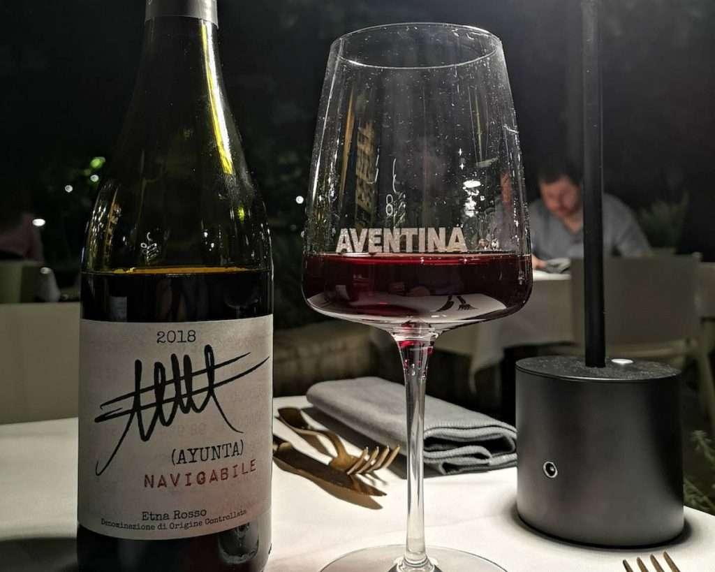 La felice sorpresa della serata tra le 250 etichette di Aventina a Roma: il Navigabile Etna Rosso Doc 2018 firmato dalla cantina siciliana Ayunta