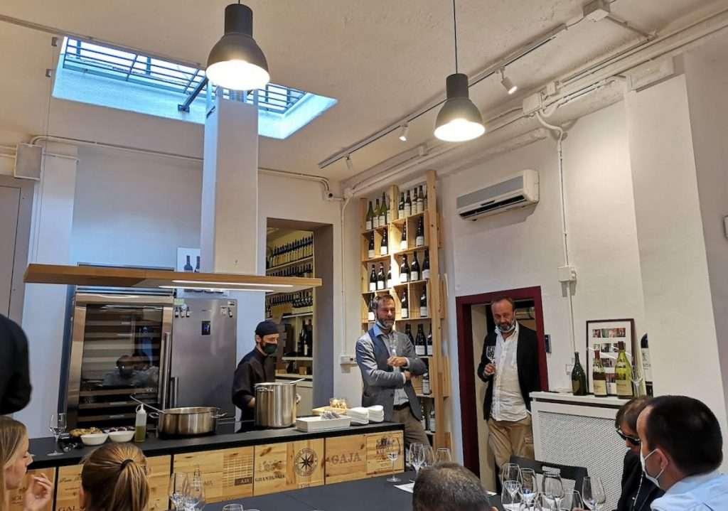 La nuova sala WineTip con cucina a vista, perfetta per degustazioni, show cooking e cene a tema