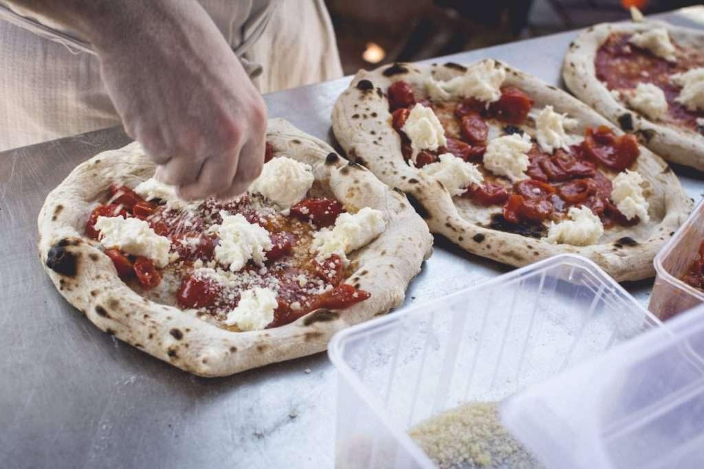 Anche i migliori chef di Sardegna parteciperanno il 12 agosto all'evento di beneficenza che vedrà protagoniste alcune delle migliori cantine dell'Isola