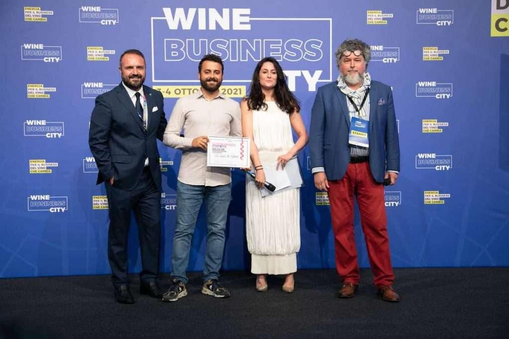 Uno dei grandi successi di Milano Wine Week 2021 è stato indubbiamente la grande festa del Premio Carta Vini Italia, riservato agli esercizi di somministrazione, e del Premio Selezione Retail, dedicato all'universo della vendita al dettaglio